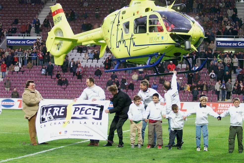 Servette FC - Grasshopper Club: un hélicoptère à la mi-temps!
